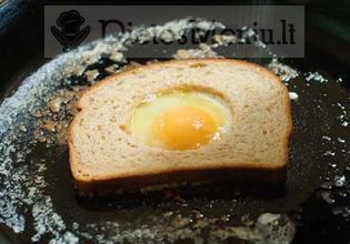 Kiaušinis duonoje