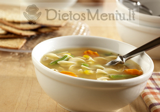 Daržovių sriuba su makaronais