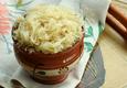 Raugintų kopūstų salotos
